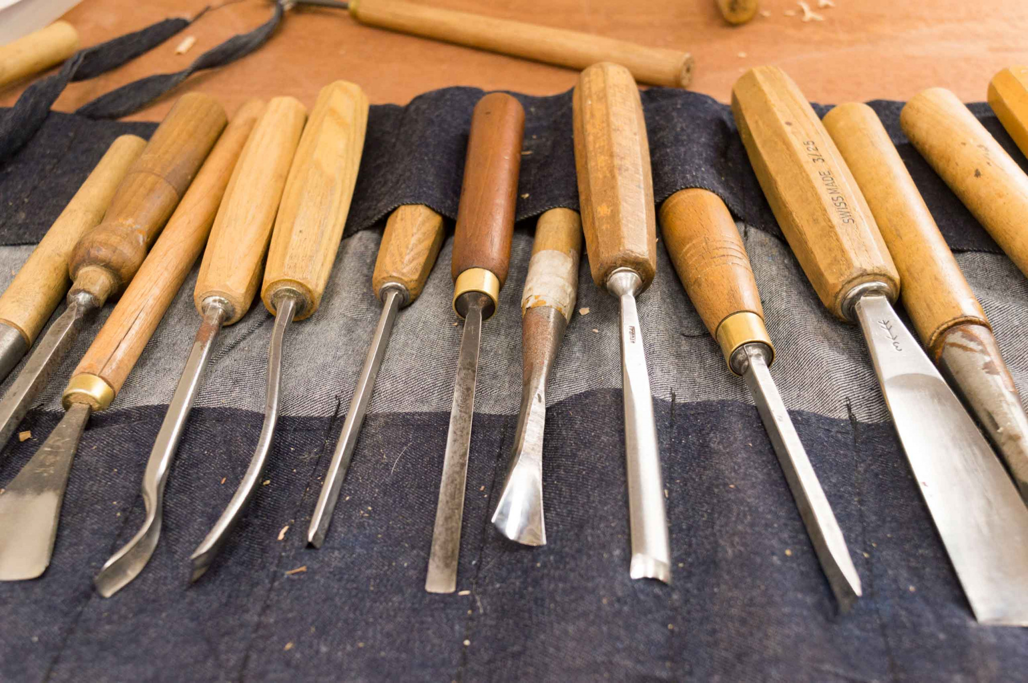 An image of carving tools