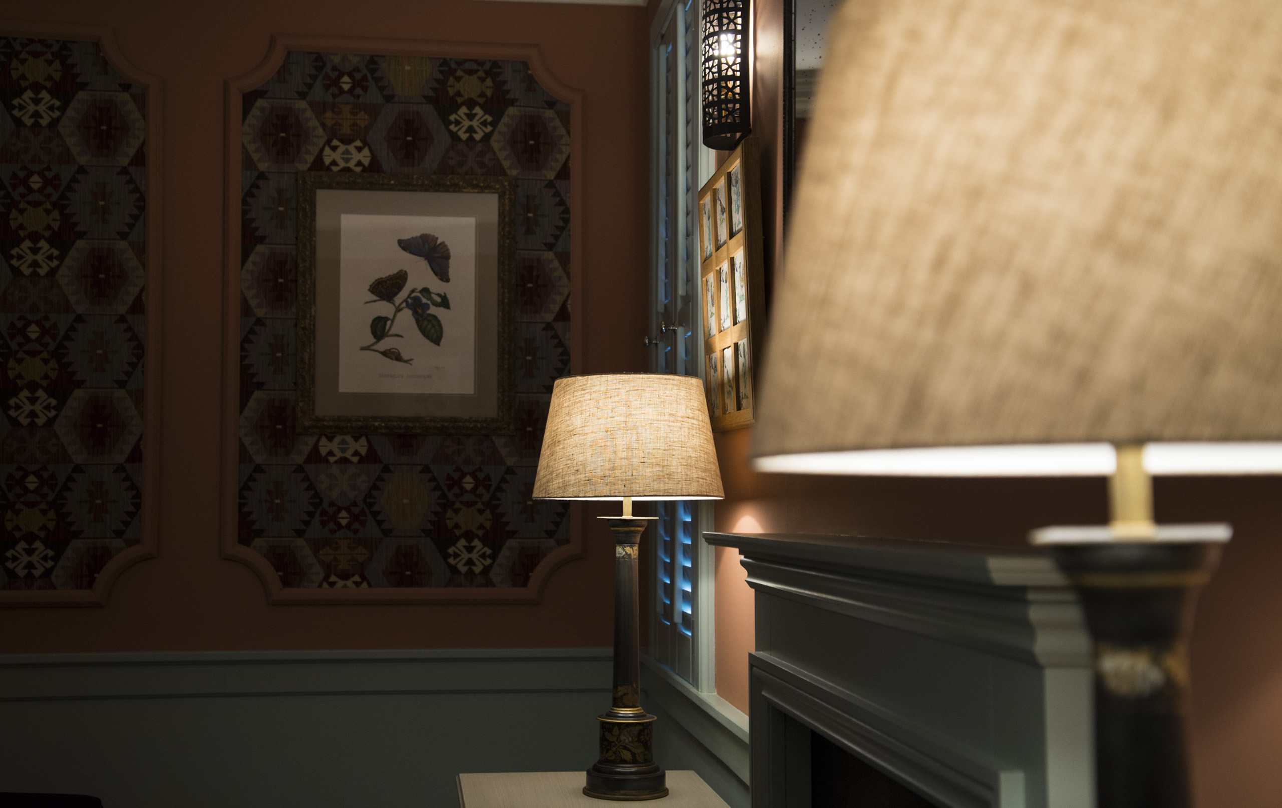 Image of two lamps in a dark room
